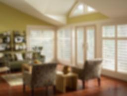 Eclipse_green_livingroom_1.jpg