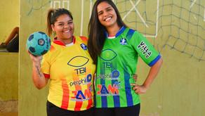 Doação de uniformes para equipe de Handebol feminino em Turmalina-MG