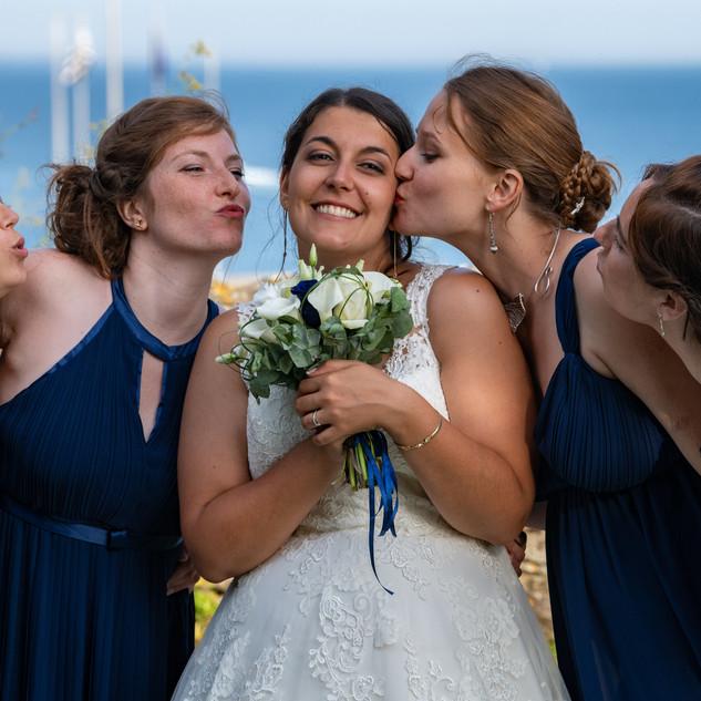 mariée_amis_mariage_bretagne_bellimages_