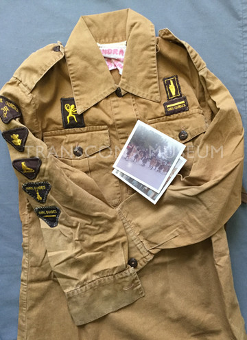 Brownie uniform tunic with two colour photographs