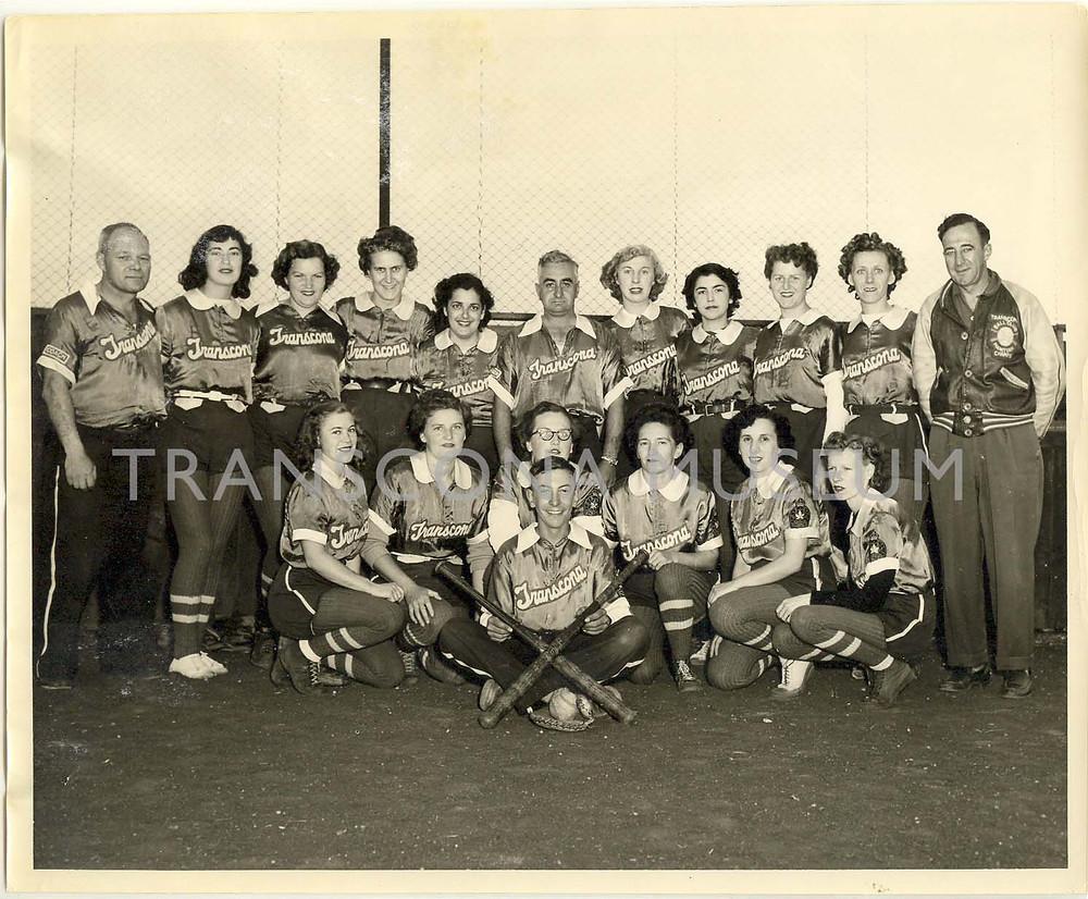 TM Archives, TH2001.6.2 Womens Baseball Team