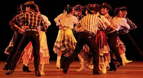 Las polcas forman parte de la tradición de Ensenada