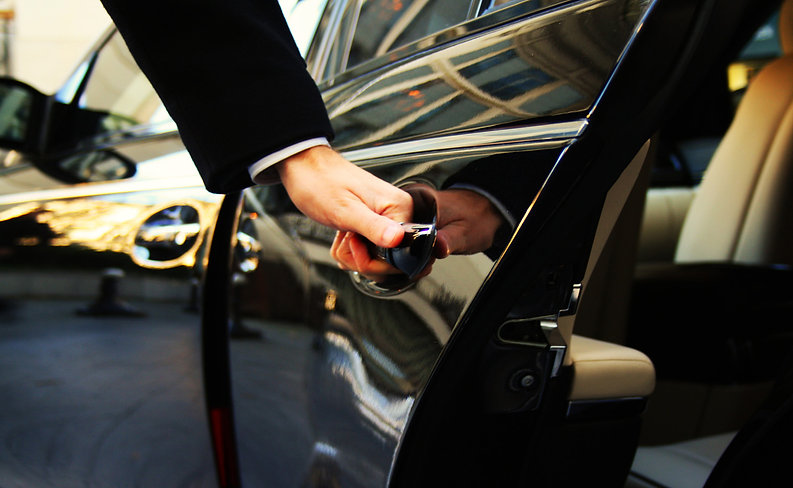 limousine-service-chauffeur-drive-manila