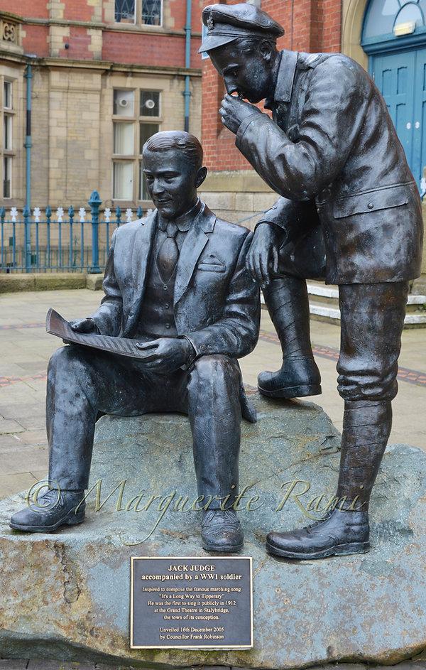Stalybridge memorial.jpg