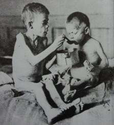 Starving kids Vienna FWW WEB.jpg