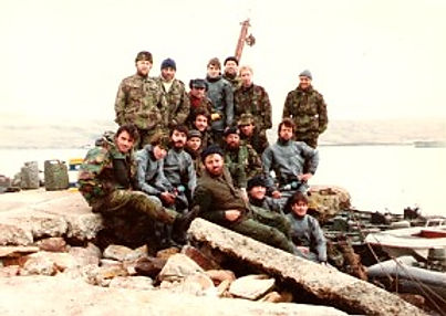 Falklands bomb disposal team.jpg