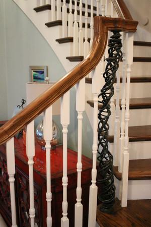 Leslie Tharp, DNA Staircases