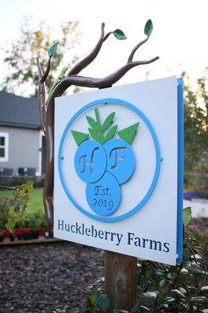 Leslie Tharp, Huckleberry Farms