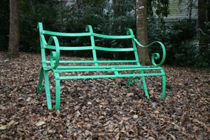 Leslie Tharp, 1800 Bench Recreation