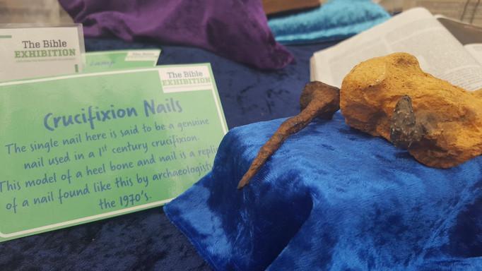 Replica Nails