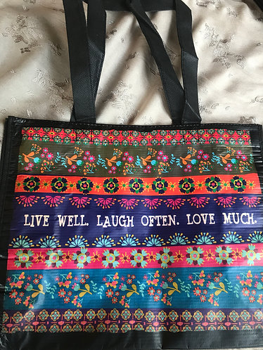 Live well ... med gift bag
