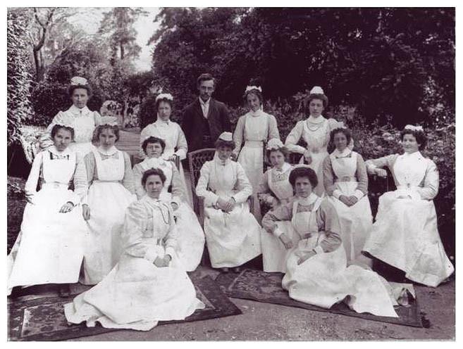 1905 nursing staff Beechworth Ovens district