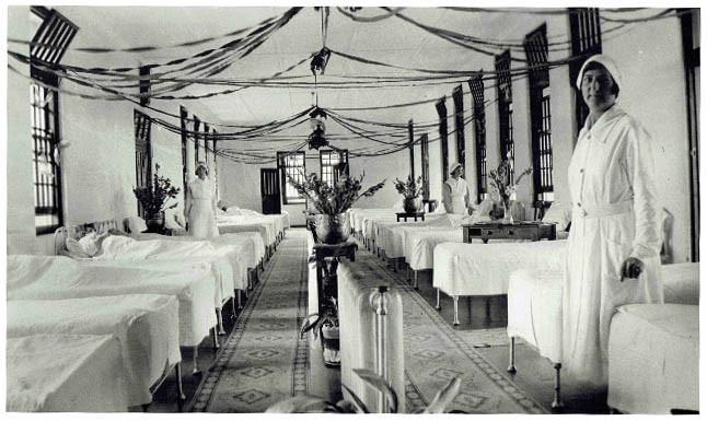 1934 female ward Christmas Mayday Hills