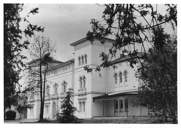 1965 administration building