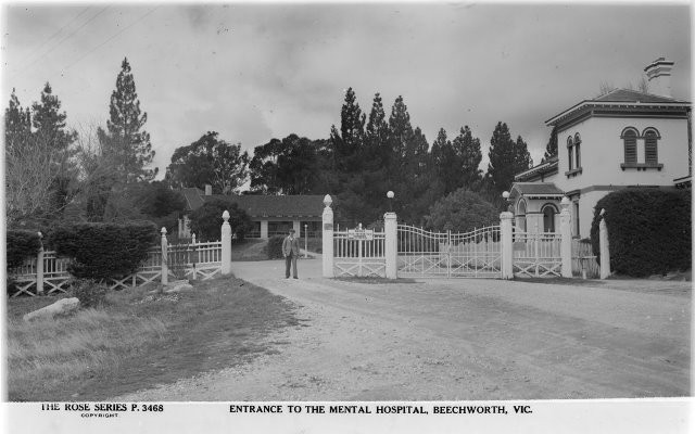 1934 entrance to Mayday Hills