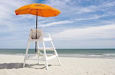 Sol, arena y mar seguridad en la playa.j
