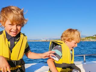 Seguridad a bordo: cómo mantener a los niños más seguros sobre el agua?