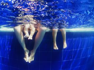 Qué hacer cuando su hijo le dice que no quiere asistir a su clase de natación
