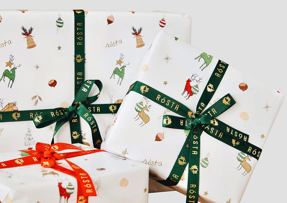 CHRISTMAS WRAPPING PAPERS FOR SPECIAL EDITION OF ROSTA. TAKE YOUR LITTLE NIBBLES FROM DEERS AND PINES!!