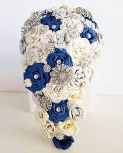 Harry Potter brooch cascade bouquet