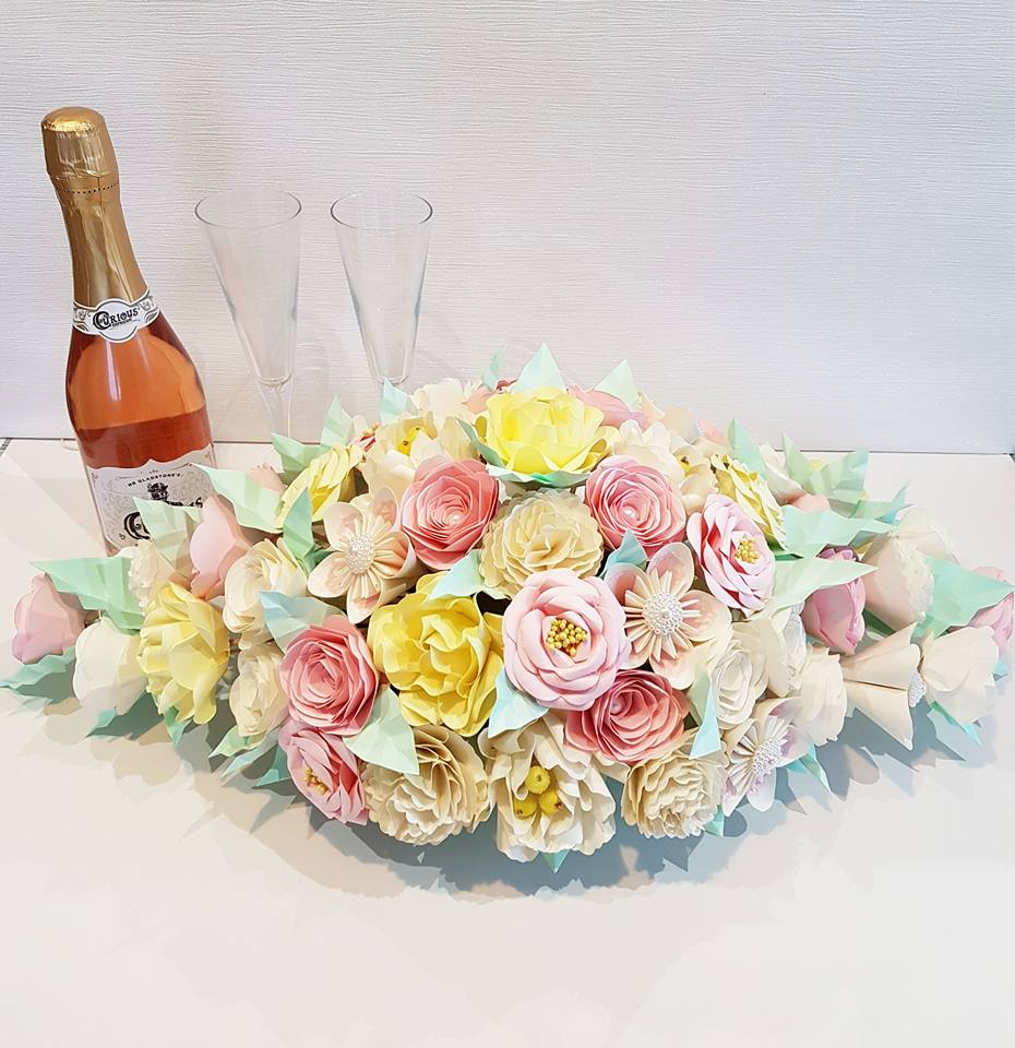 Top Table paper flowers