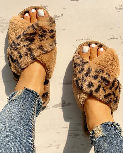 Leopard Love fluffy slippers.jpeg