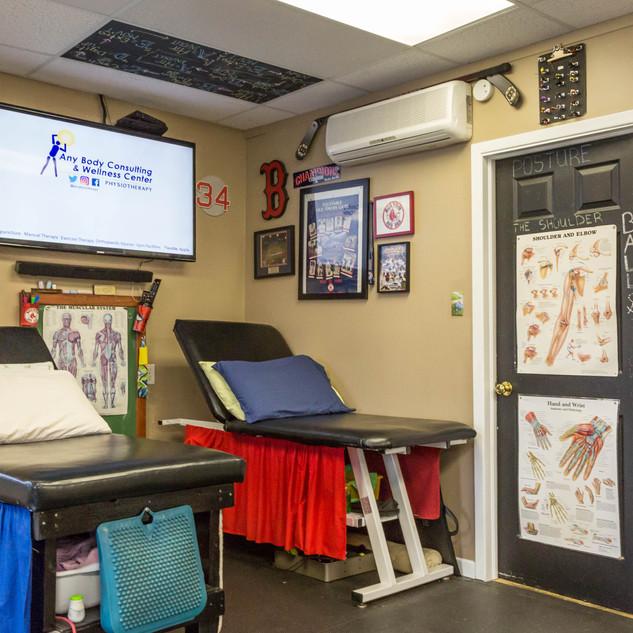 Treatment Room 9 / 10