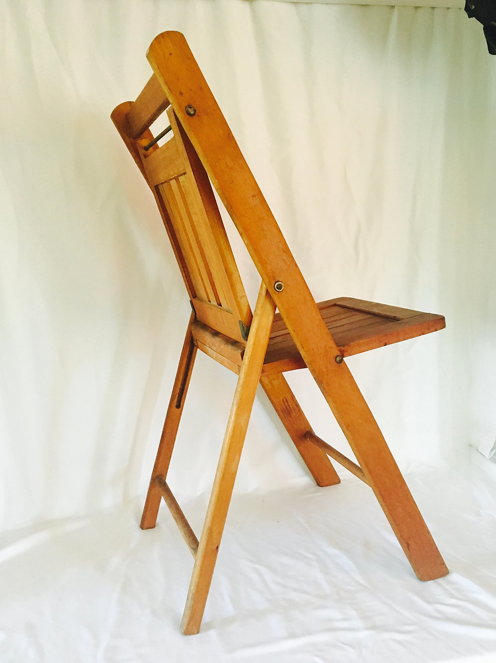 Vintage The Standard Mfg Co Wood Folding Chair