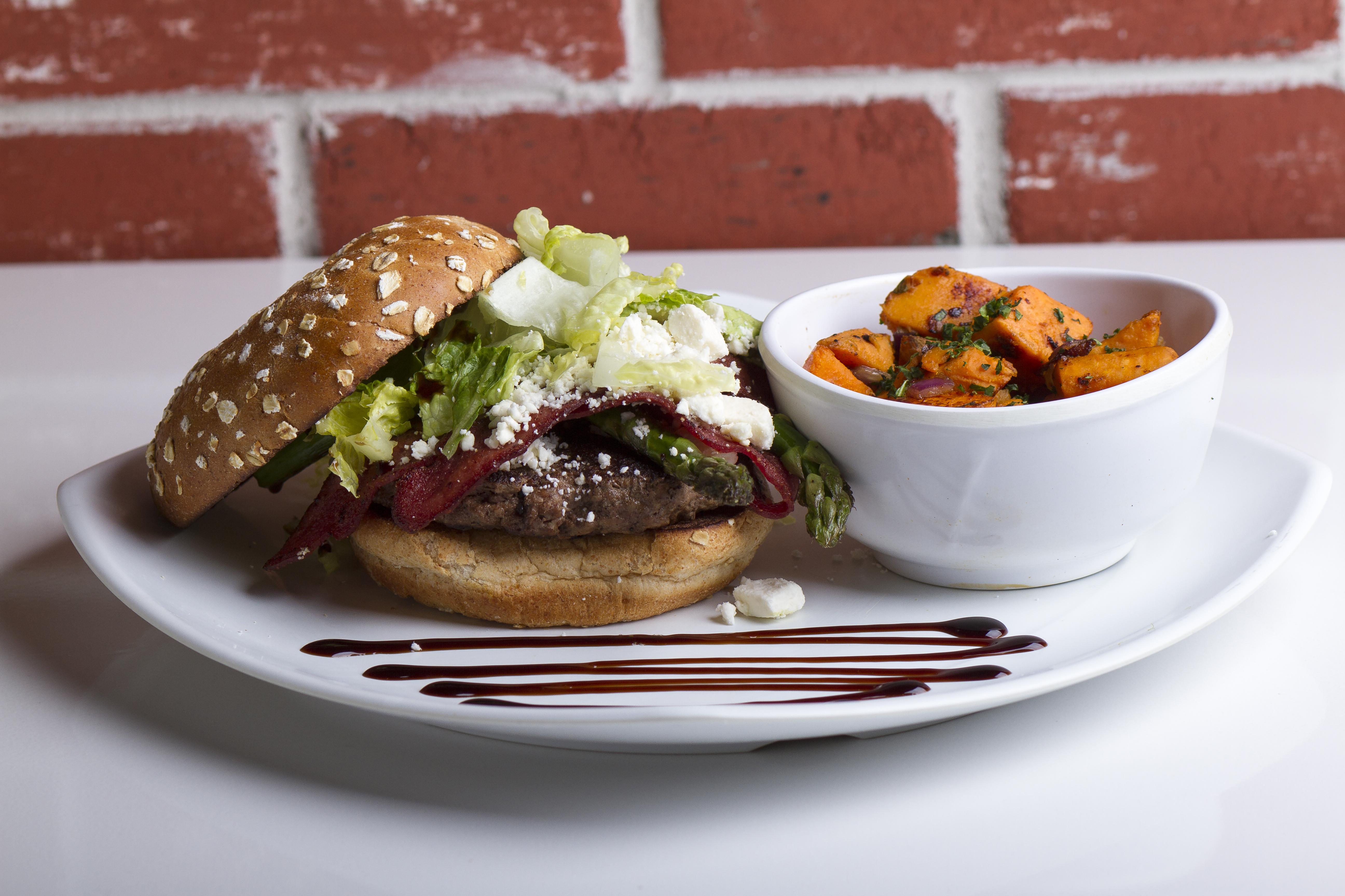 Source Burger
