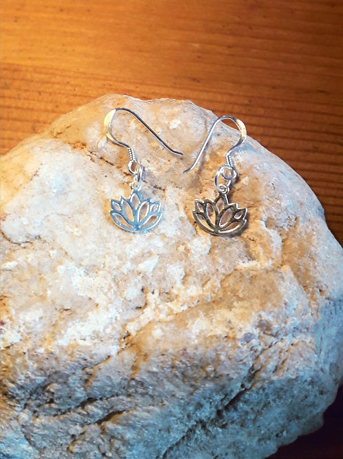 St.silver earrings with lotus