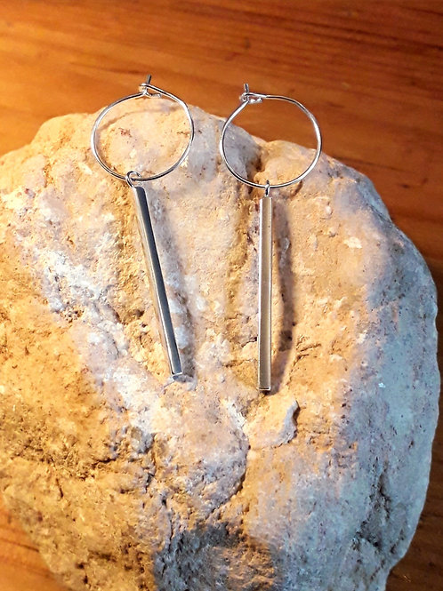 St.silver ear-hoops/ studs with rectangle bar