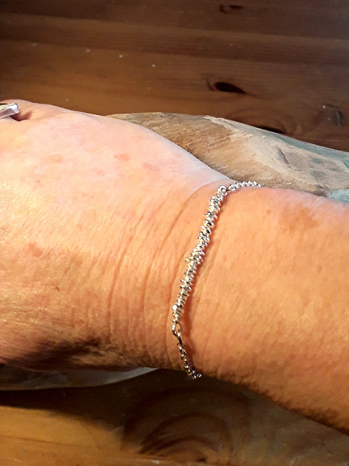 St.silver bracelet with small nuggets