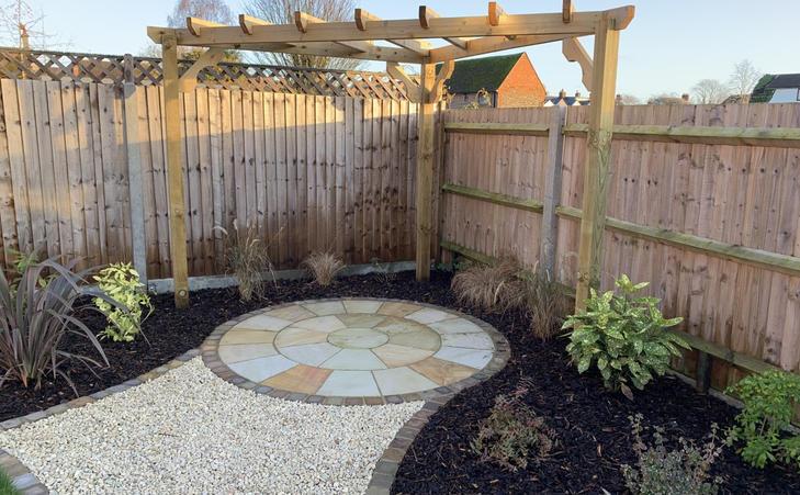 Image 11 - Circular patio langford.jpg