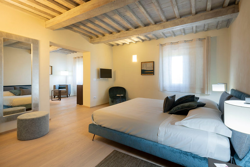 Soggiorno in Junior Suite, Visita & Degustazione e Relax