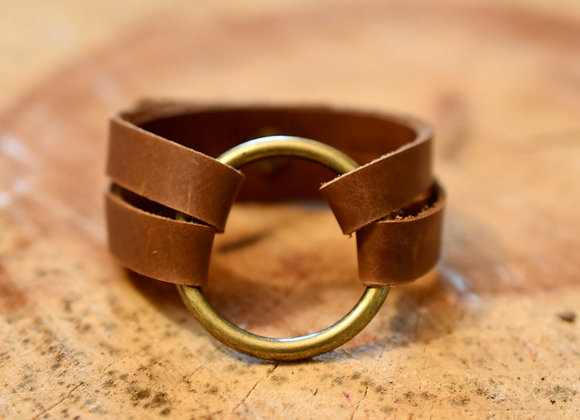 Large Brass Ring Weathered Brown Leather Bracelet