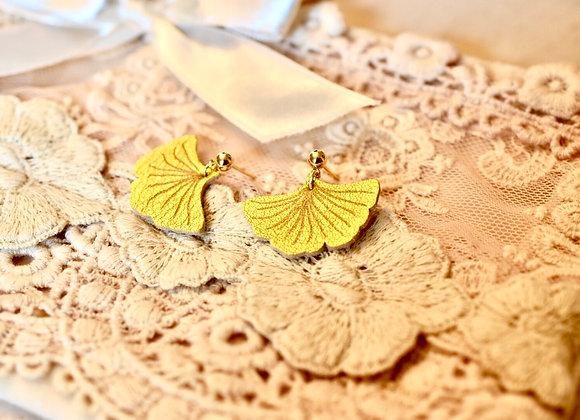 Metallic Gold Ginkgo Leaf Earrings