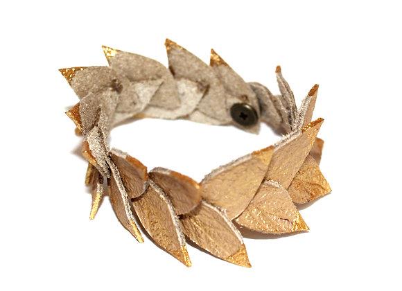 Gold Tip Laurel Leaf Bracelet