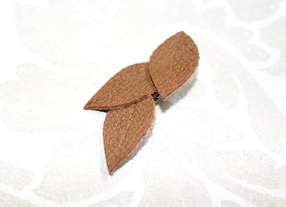 Child's Tan Leather Leaf Hair Clip