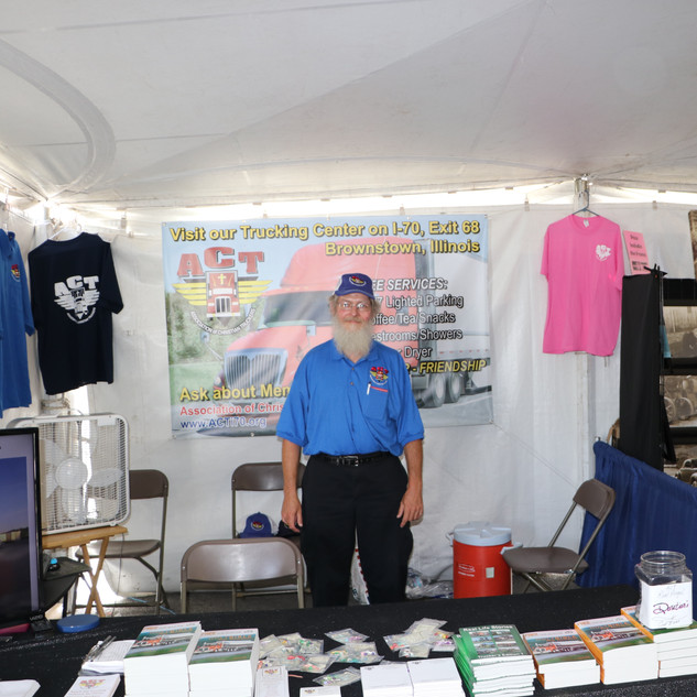 Eric has the booth covered! .JPG