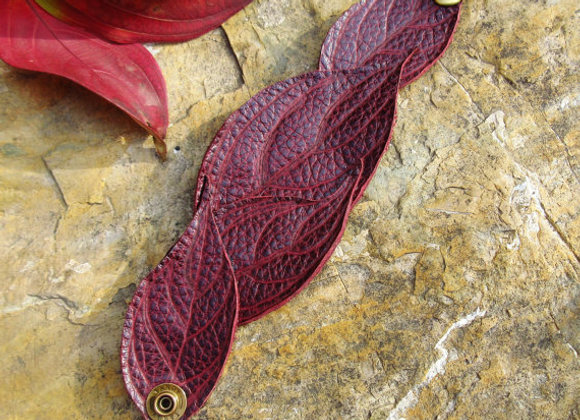 Leaf leather cuff, Dogwood, Tooled Leather accessories