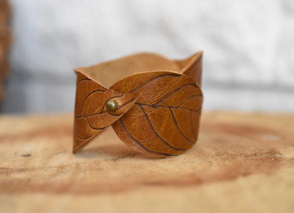 Dogwood Leaf Cuff Sienna Brown Leather