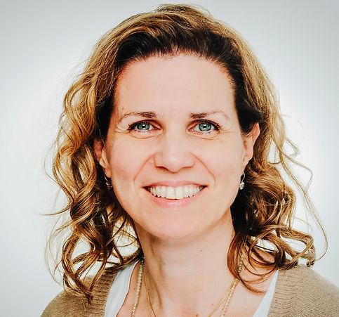 Dr. Tanja Streube