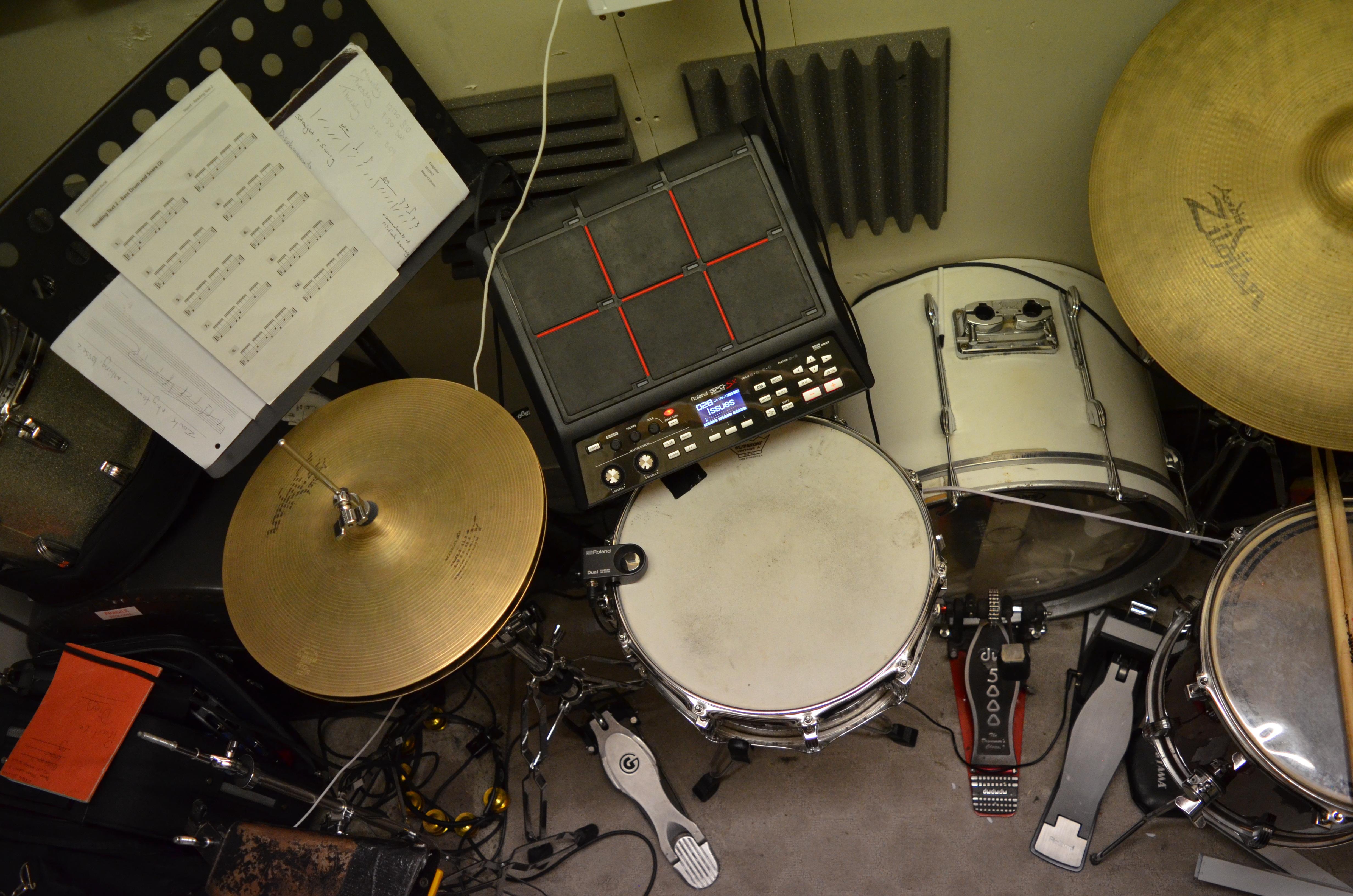 Acoustic/Electronic Hybrid