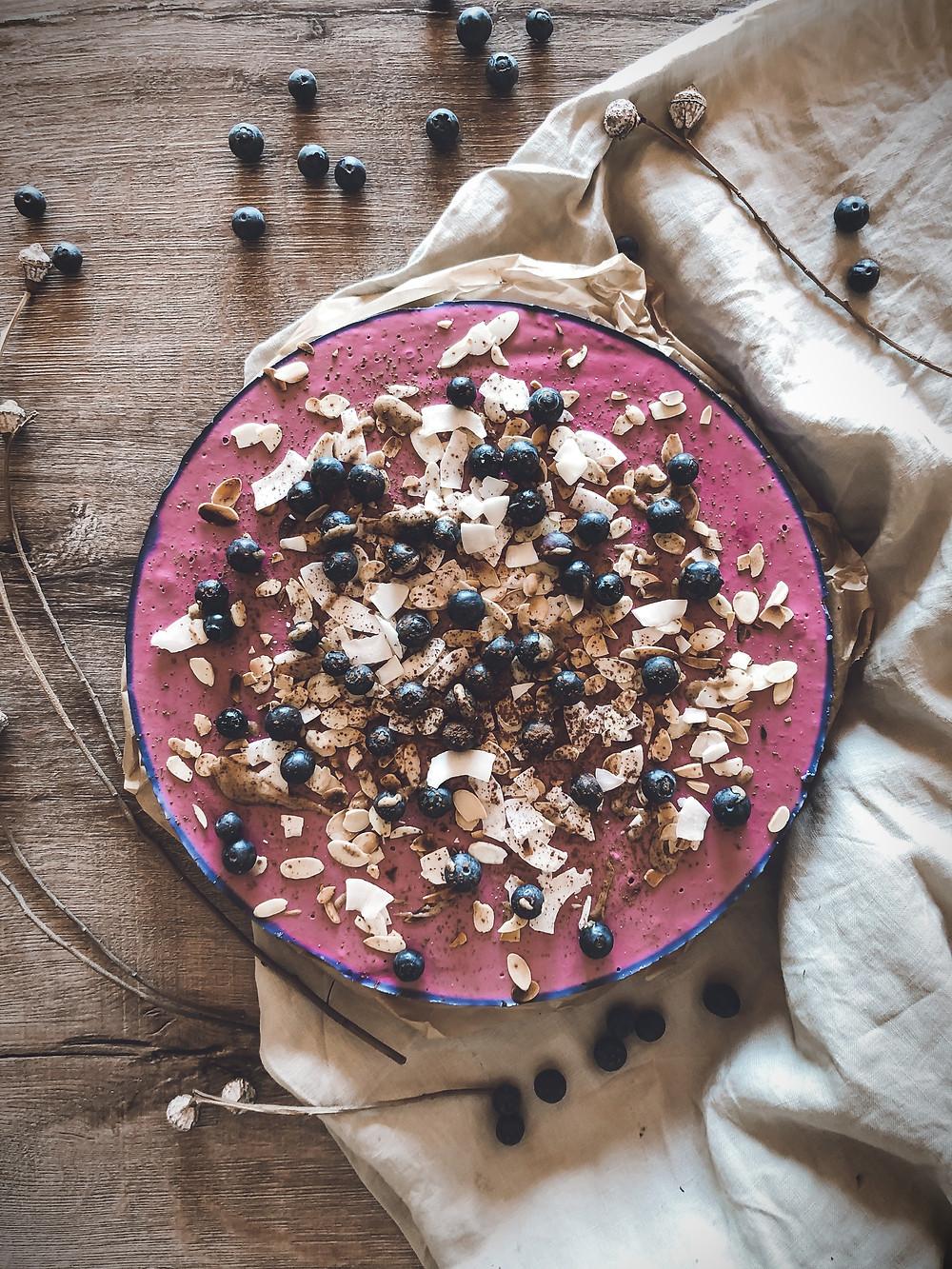 focusflowfood focus flow food healthy gesund heidelbeer quark kuchen no-bake cake rezept low carb high protein