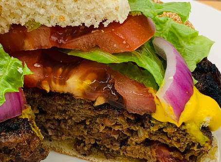 Beefy Bacon & Bourbon Burgers