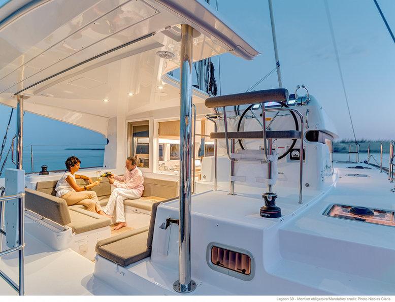 life and boat hotel nuit a bord d'un bat