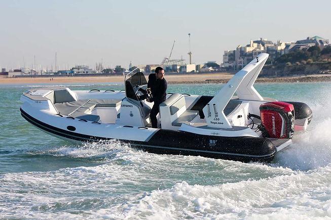 Life and boat location bateau tiger.jpg