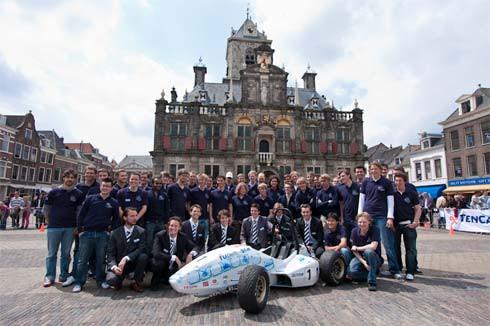 Dutch-Racing-Team.jpg