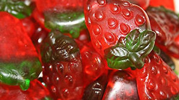 Haribo Gummy Strawberries 1/2 lb
