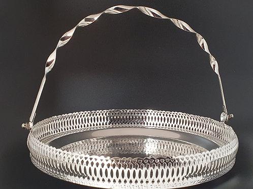 Circular tray with handle
